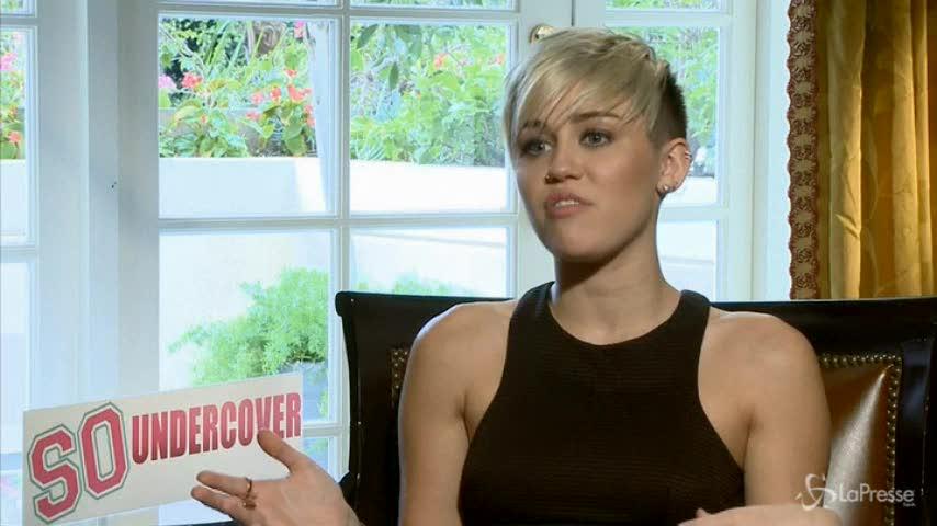Miley Cyrus e la presunta bissessualità