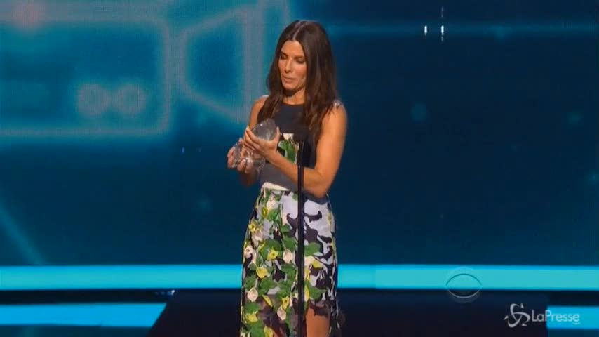 Sandra Bullock trionfa ai People's Choice award
