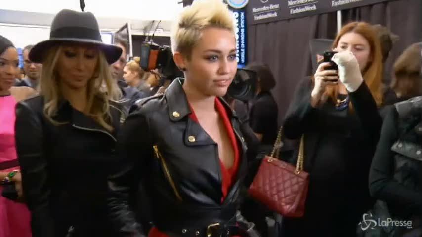 Il fotografo di Marc Jacobs si rifiuta di immortalare Miley Cyrus