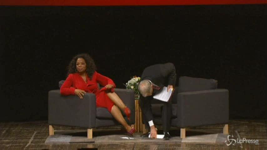 Oprah Winfrey compie 60 anni e festeggia in anticipo con spinning party
