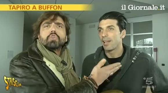 """Tapiro per Buffon: """"Sto ancora con Alena"""""""