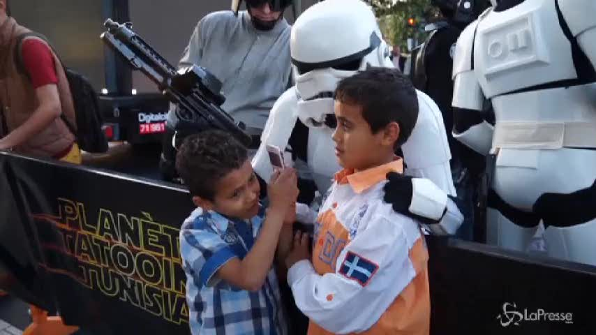 Truppe d'assalto di Star Wars in marcia su Tunisi per lanciare turismo