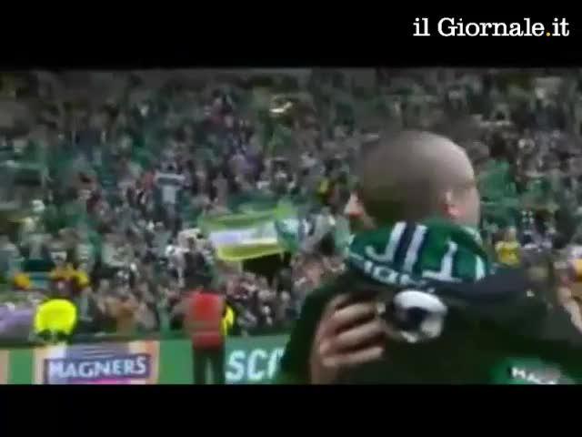 Samaras lascia il Celtic e fa commuovere lo stadio