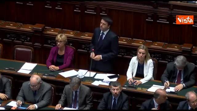 "Immigrati, Renzi all'Ue: ""Pensi ai morti anziché ai pesci"""