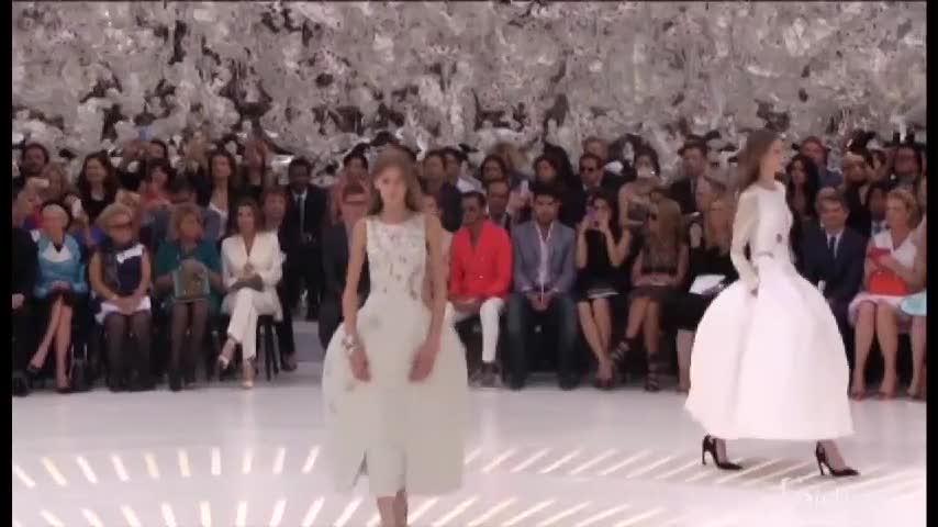 Charlize Theron e Sean Penn alle sfilate di Parigi per la collezione di Dior