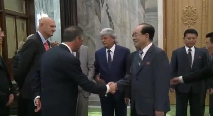 Salvini e Razzi in visita in Corea del Nord