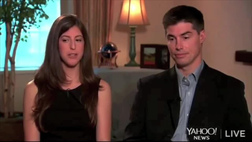 I sorrisi dei parenti di Foley