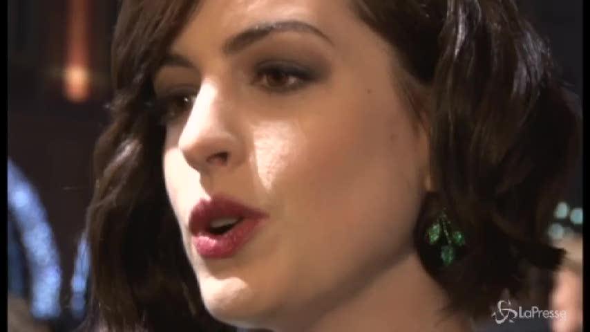"Hathaway:  ""La dieta vegana non mi faceva stare bene"""