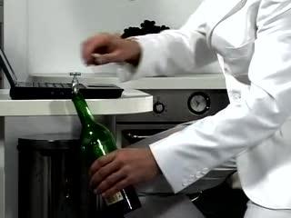 Usb Wine, la chiavetta per scaricare il vino sul vostro pc