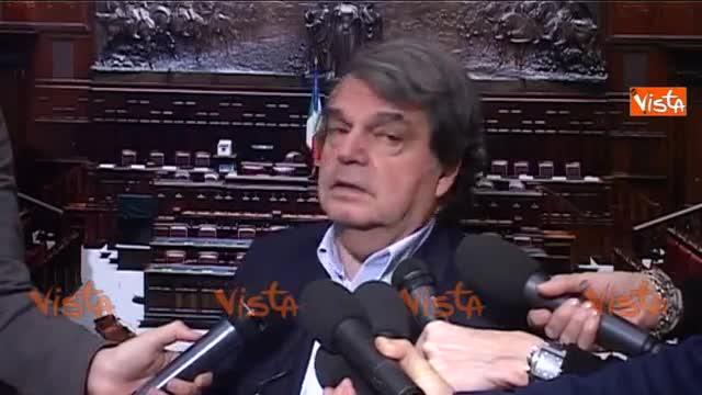 "Tasse, Brunetta: ""Renzi è un pallonaro"""