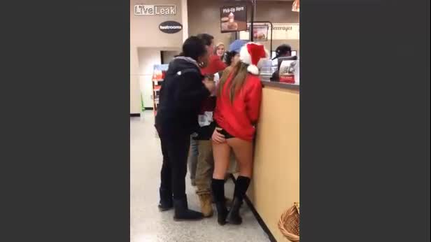La sexy Babba Natale è irresistibile