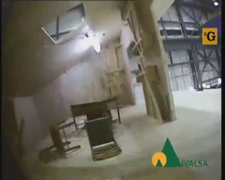 Palazzina antisismica di 7 piani resiste ad un terremoto da 7.2