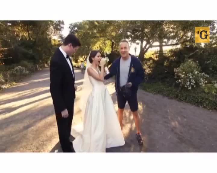 Nelle foto del matrimonio spunta Tom Hanks in pantaloncini