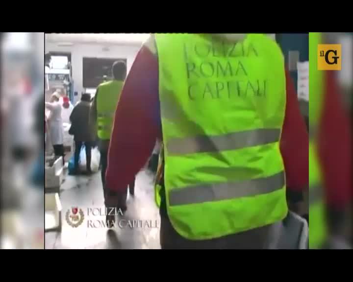 """Roma allo stremo. I cittadini diventano """"scudi umani"""""""
