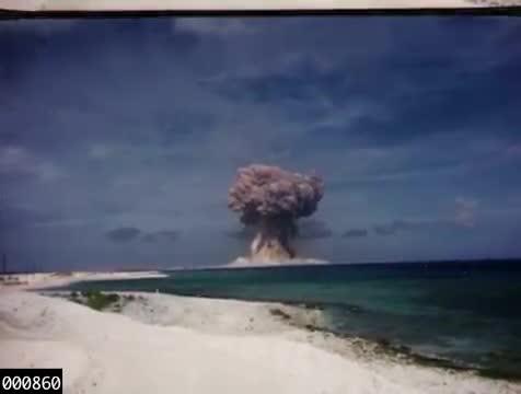 Declassificati i video dei test nucleari americani