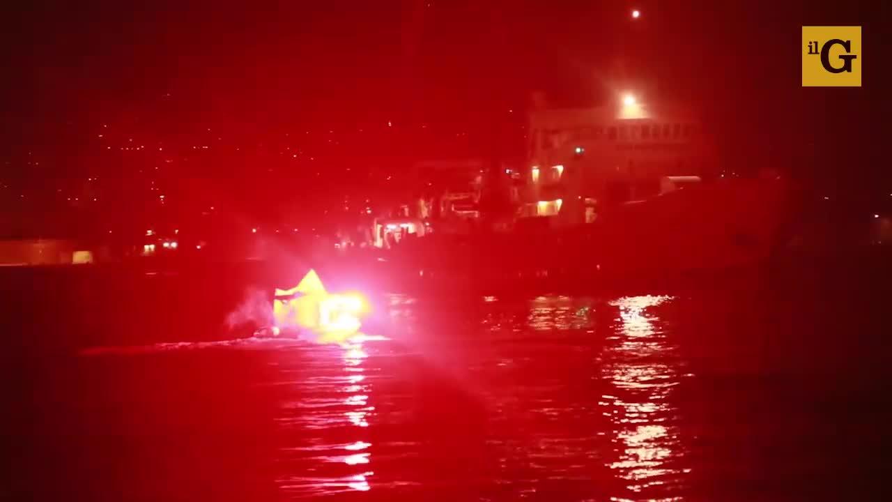 Migranti, la flotta patriottica che ostacola le navi delle Ong