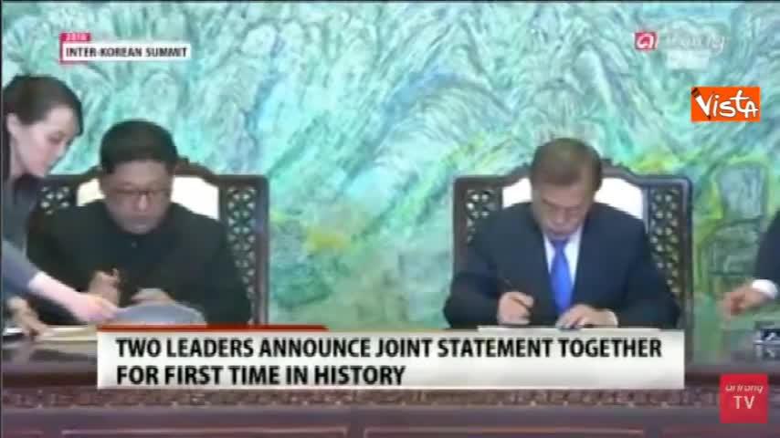 Kim e Moon firmano l'accordo per la denuclearizzazione