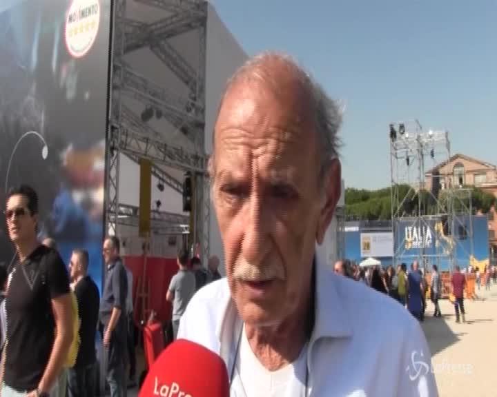 """Il padre di Di Battista: """"No Tav, no Tap, No Benetton"""""""