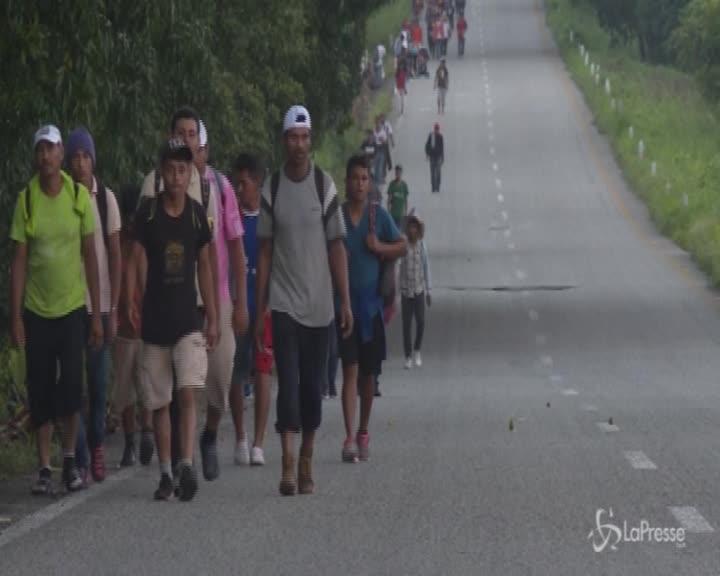 Migranti dal Messico: Trump pronto a chiudere il confine