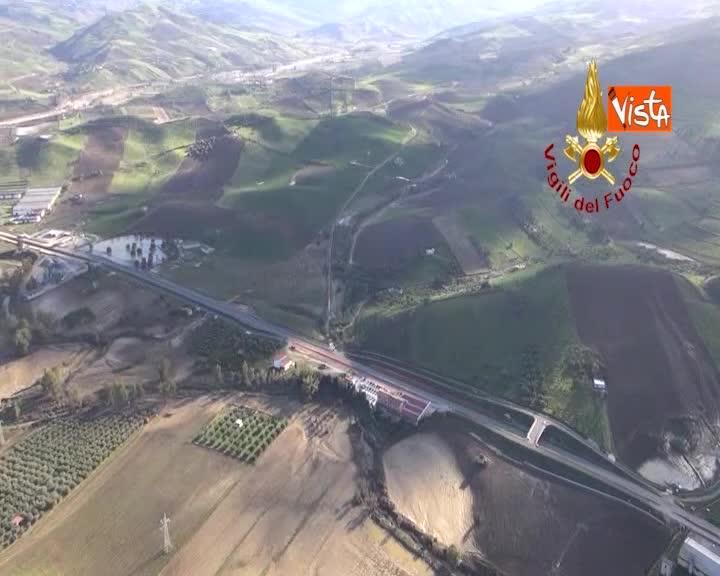 La Sicilia devastata dal maltempo, le immagini di Vicari dall'elicottero dei Vigili del Fuoco