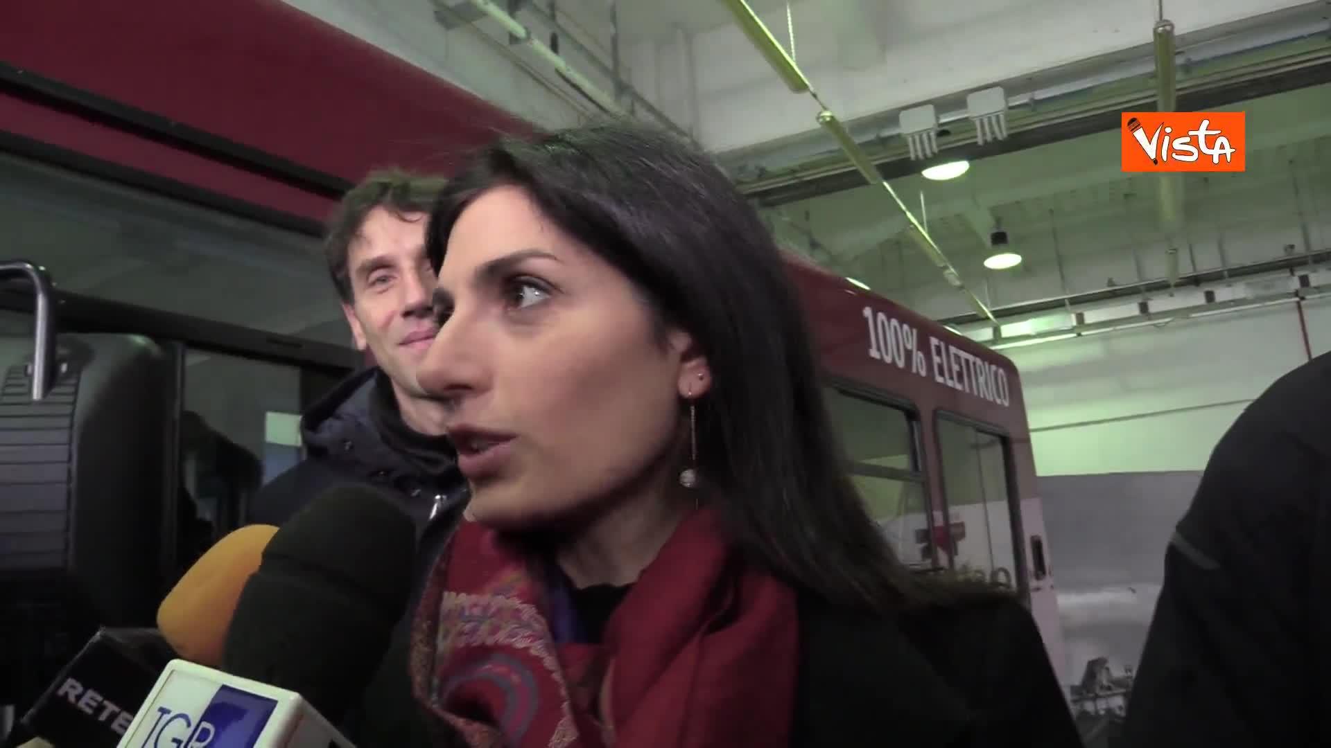 """Bus elettrico a Roma, Raggi: """"Finalmente Governo si interessa della Capitale"""""""