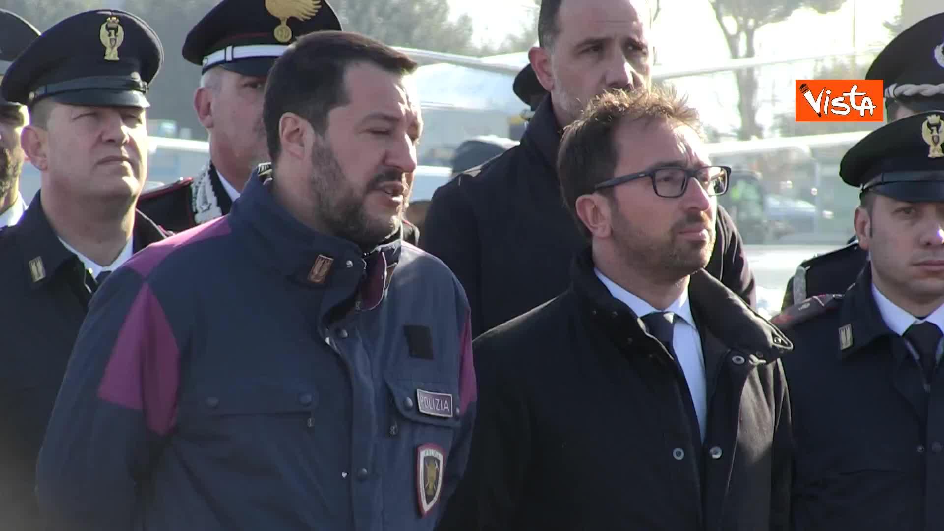 """Battisti, Salvini: """"Spero che su questa cattura nessuno abbia nulla da ridire"""""""
