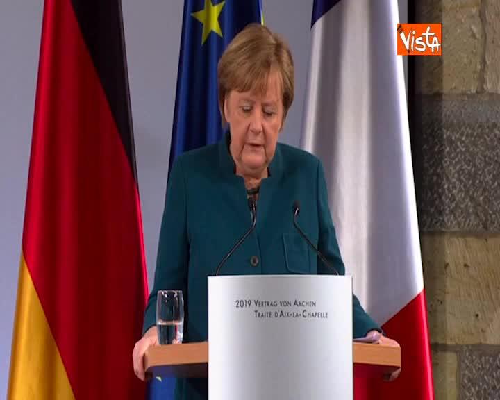 """Francia Germania, Merkel: """"Trattato contro nazionalismo e populismo"""""""