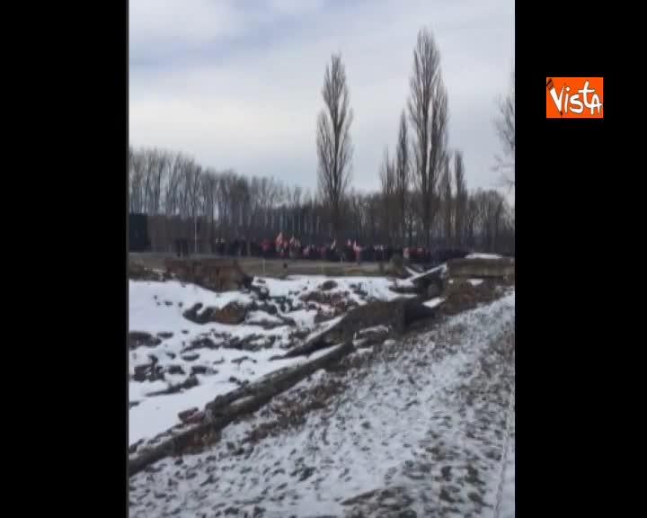 Giornata della Memoria, un gruppo di nazionalisti polacchi prova ad entrare ad Auschwitz