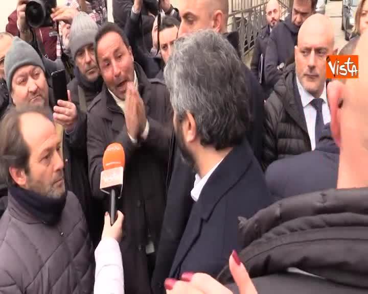 """Lavoratori Apu a Fico: """"Noi peggio dei migranti"""", lui risponde:""""No guerre tra persone in difficoltà"""""""
