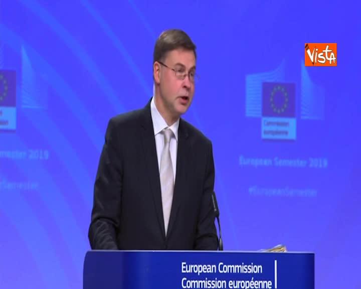 """Pil, Dombrovskis: """"Marcia indietro dell'Italia, soprattutto per riforma pensioni"""""""