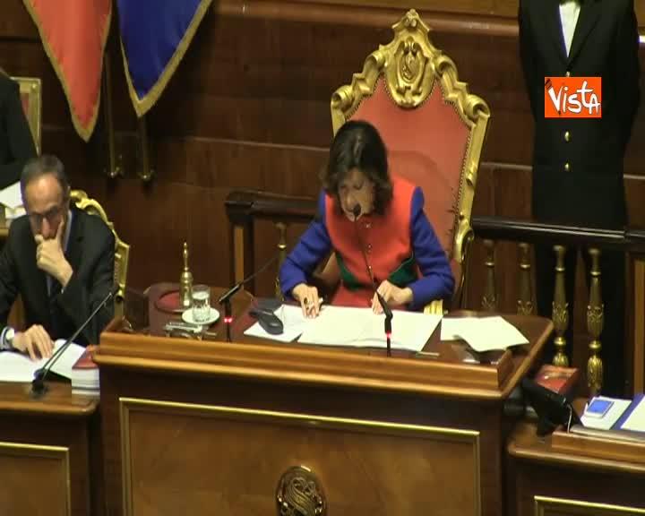 Mozioni sfiducia Toninelli, il ministro rilegge il discorso in Aula prima di intervenire