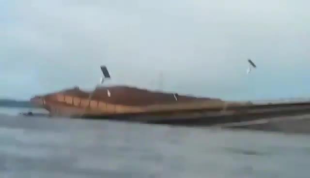 Brasile, ponte crollato dopo lo schianto del traghetto