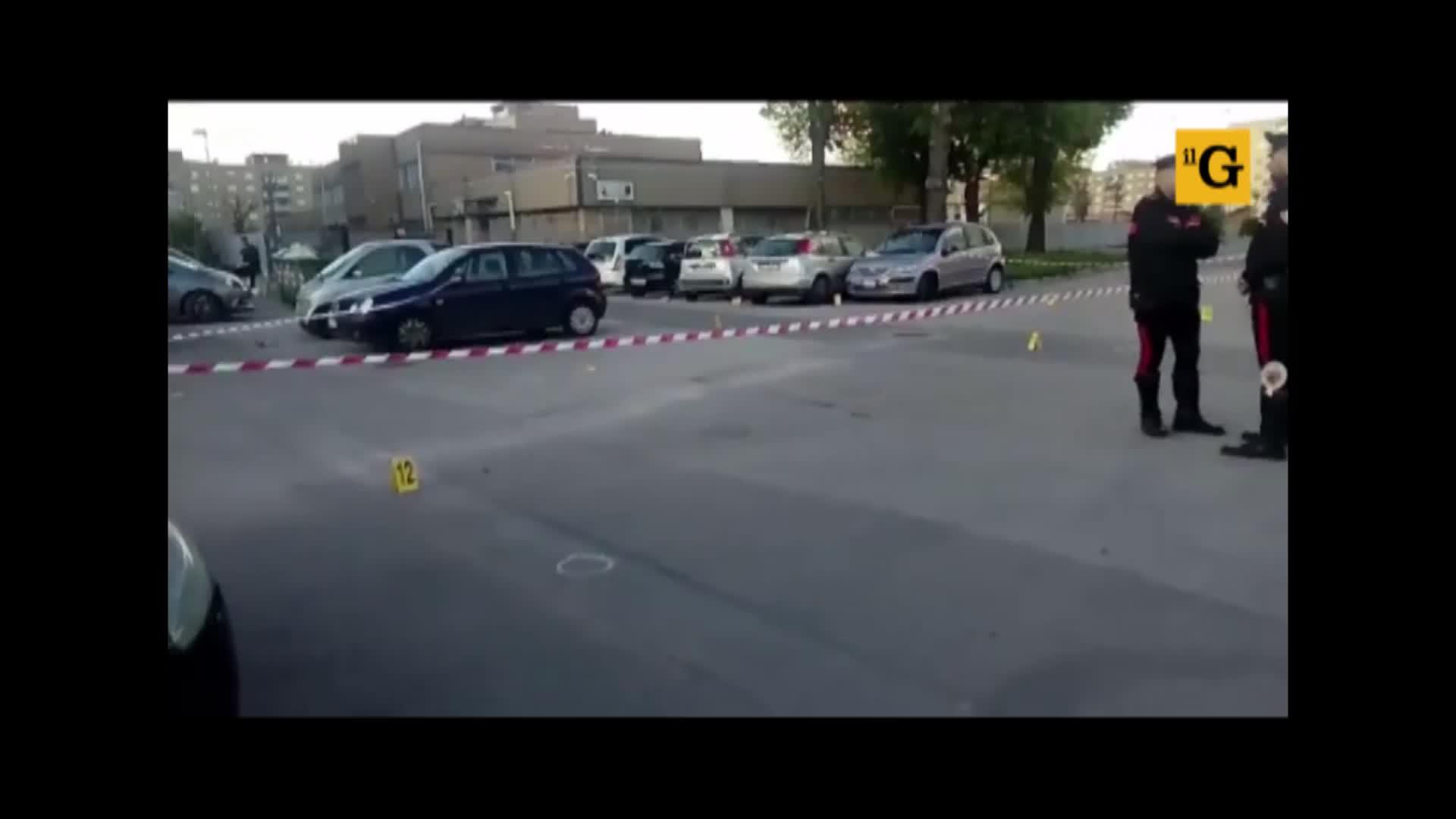 Sparatoria davanti ai bambini nel Napoletano: ferito un uomo