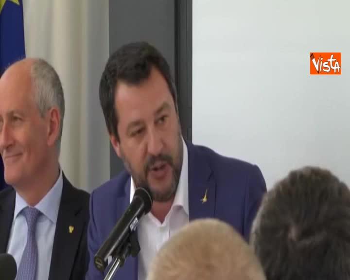 """Migranti, Salvini: """"Io di nuovo indagato ma finché sarò ministro porti resteranno chiusi"""""""