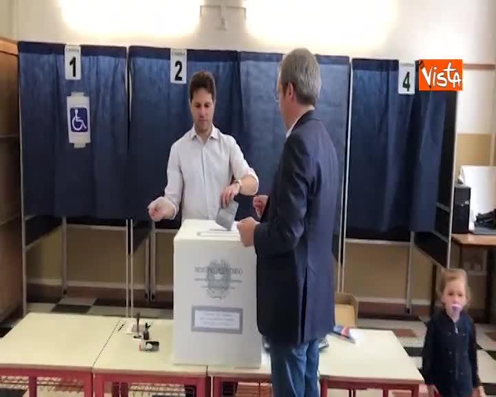 Europee, il segretario di +Europa Della Vedova al voto