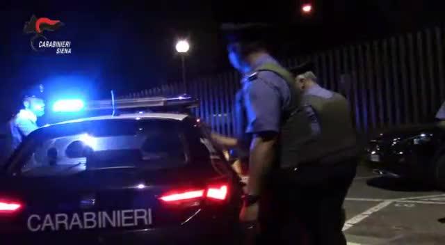 Truffe ad anziani e commercianti in tutta Italia: il blitz dei carabinieri