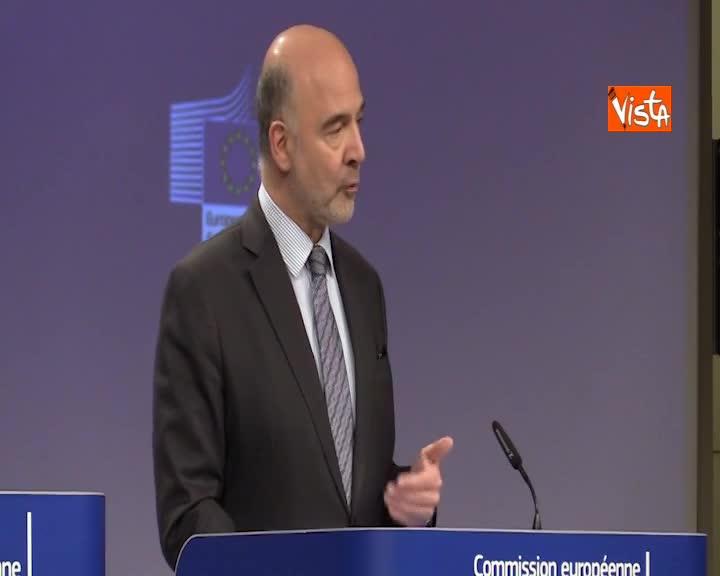 """Conti pubblici, Moscovici: """"Nel 2019 l'Italia rispetta il deficit al 2,04"""""""