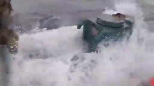 Il blitz della Guardia costiera Usa al sottomarino carico di droga