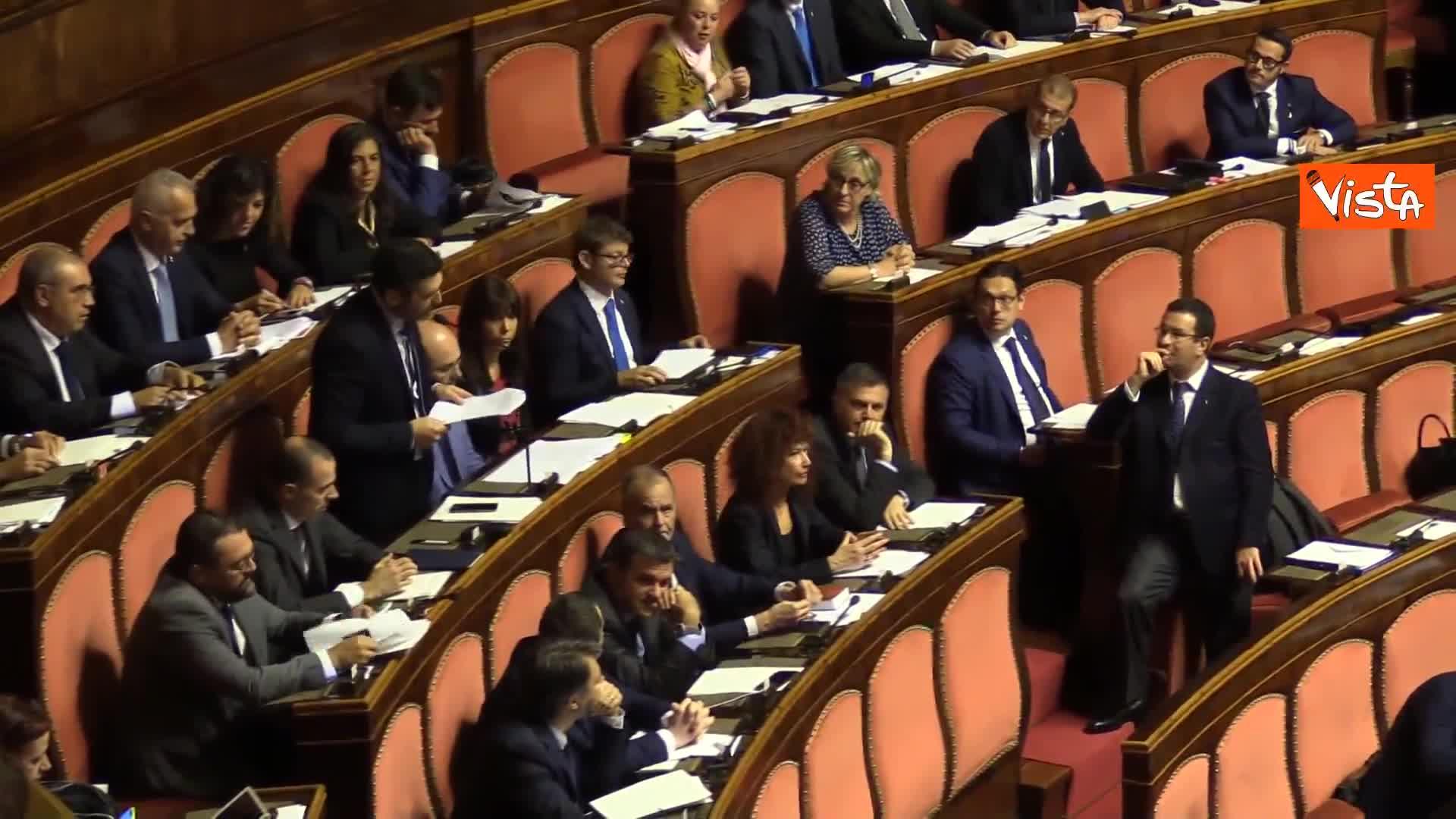 """""""Conte falso come il Parmesan"""", bagarre Lega in Senato. Casellati sospende la seduta"""