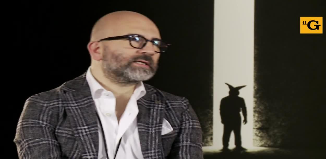 """L'Uomo del Labirinto, Donato Carrisi e Toni Servillo: """"Abbiamo fatto un grande lavoro di gruppo"""""""