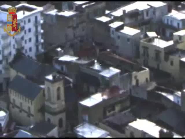 Estorsioni tra Afragola e Casoria: l'operazione della polizia