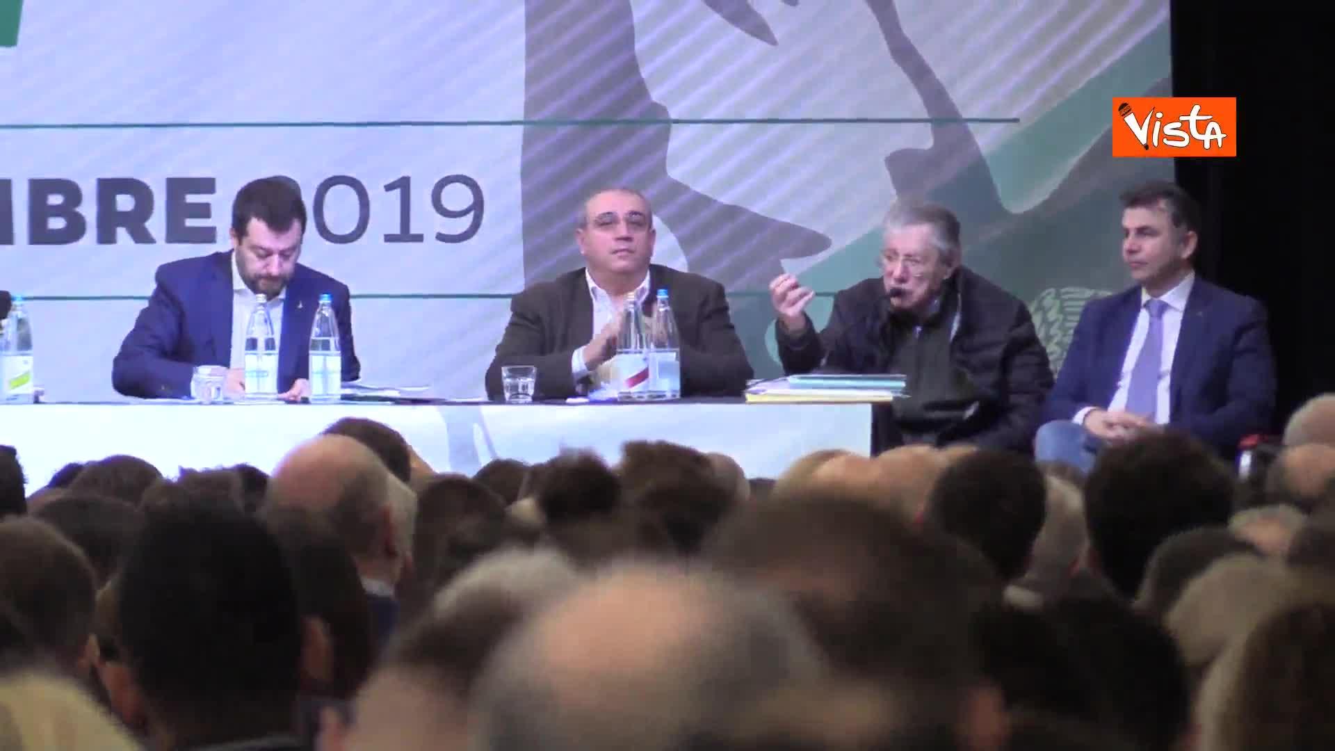 """Bossi: """"Siamo noi che concediamo, Salvini non può imporre un c…"""""""